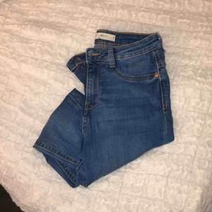 Jeans från Gina, frakt tillkommer!🌸