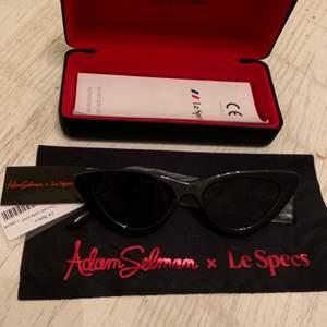 """Aldrig använda solglasögon av modellen """"The Last Lolita"""" av Adam Selman x Le Specs. Inköpta för 1099kr. Priset är inklusive frakt!"""