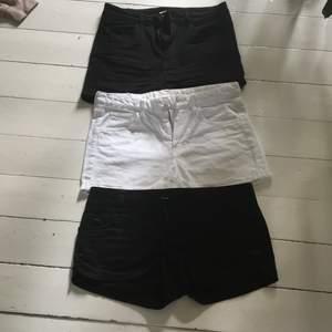 2 Shorts från H&M & 1 från Gina. Strl 36. Fint skick. Priset är inklusive frakt.