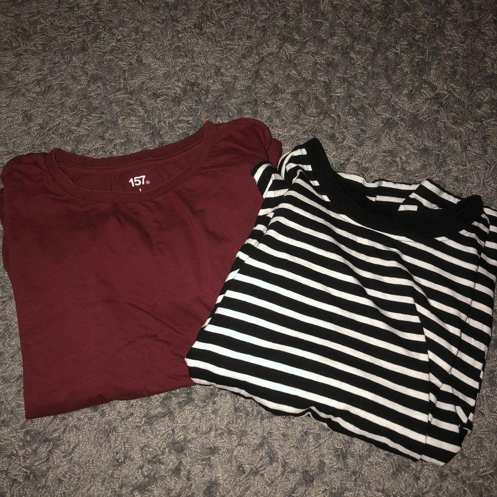 supersnygga (aldrig använda) 100kr för båda!!. T-shirts.