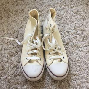 Light beige high converse, barely used