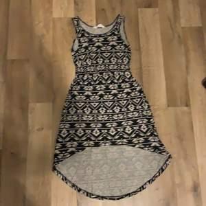 perfekt sommar / strand klänning frakten står köparen för.