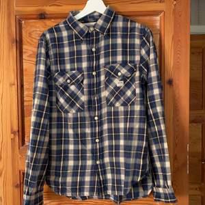 Skjorta från Ralph Lauren. Bra skick. Frakt tillkommer