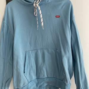 Blå Lewis hoodie oversized 250+frakt
