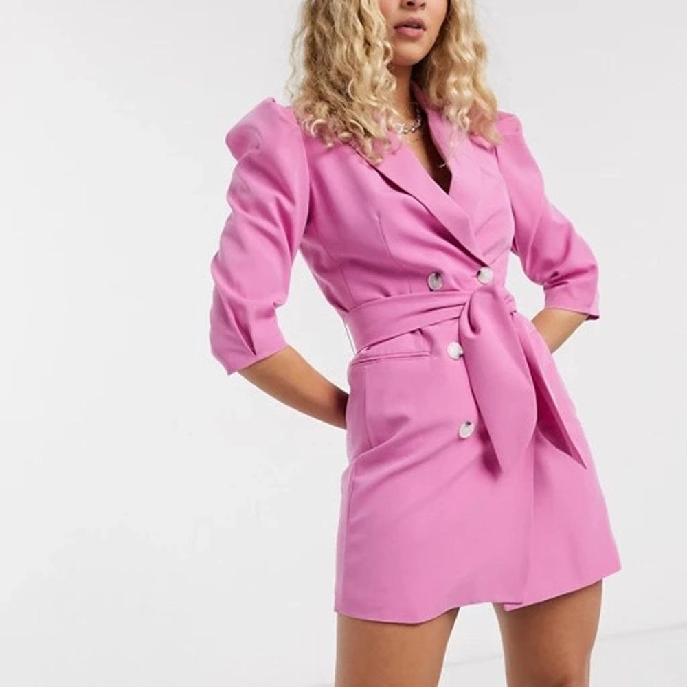 Skjort klänning från bershka. Nypris 599kr. Klänningar.