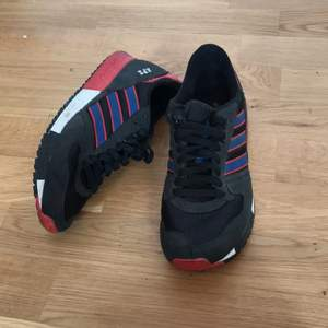 Adidas shoes, good condition