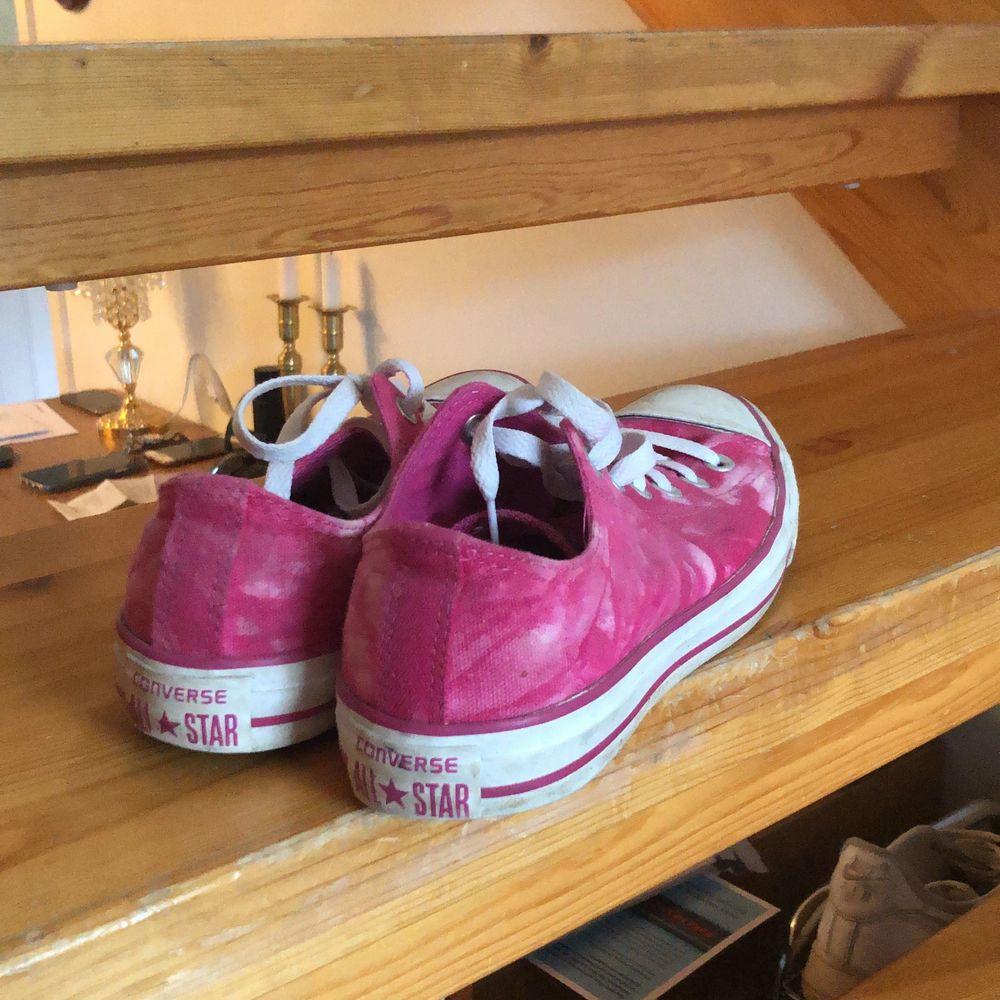 Skor som skulle bli som helt nya efter en tvätt! 💝💖. Skor.