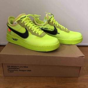 The 10: NIKE AIR FORCE 1 LOW OFF WHITE AO4606-700  US8 EUR 41 UK 7 26cm