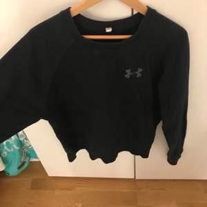Superfin sweatshirt från under armour! Skrin för mer bilder