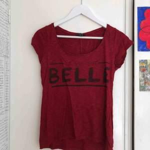 Röd söt tröja från new yorker!