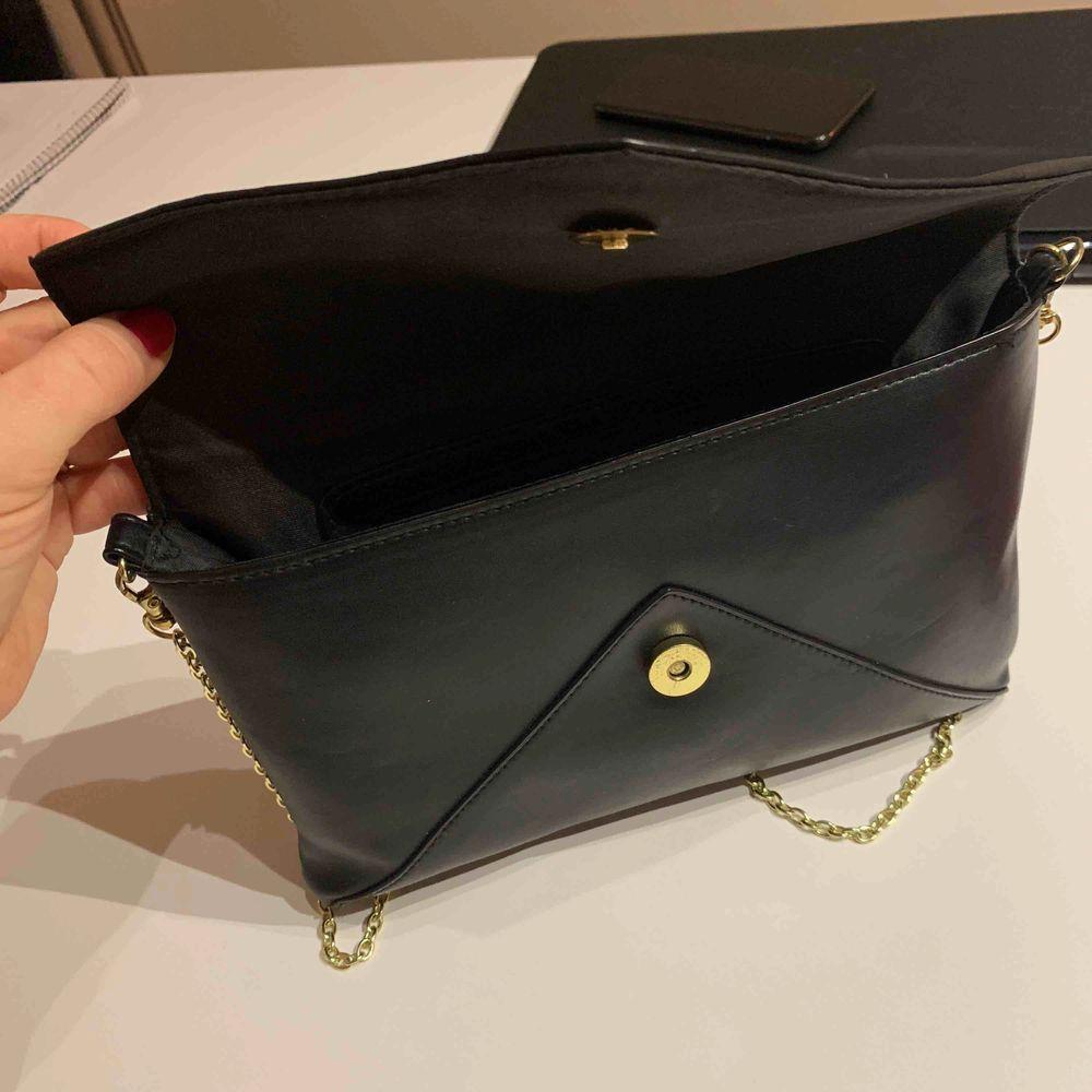 Väska från Don Donna Oanvänd . Väskor.