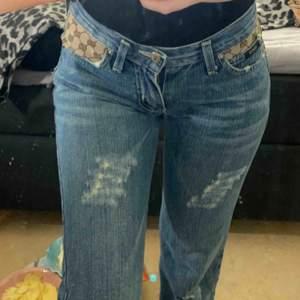 Vintage Gucci jeans köpt på humana !