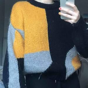 Stickad tröja från Zara, passar mig som har S/M:)