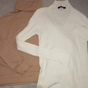 Jag säljer dessa jätte fina tröjor i perfekt skikt. En för 40 båda för 60kr. Frakten för en blir 30kr och för båda 50kr🥰