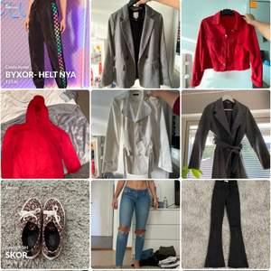 Passa på att köpa en snygg kappa eller coola byxor och få 20% rabatt!! Samfraktar gärna om ni vill ha mer än 1 plagg! 💜💜💜💜