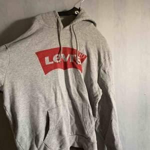 Levi's hoodie (pris kan diskuteras)
