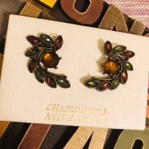 Elegant metal bronze earring... Bought in Spain.... Now only for 40kr! 💃🏼🎀👱🏻♀️🦋