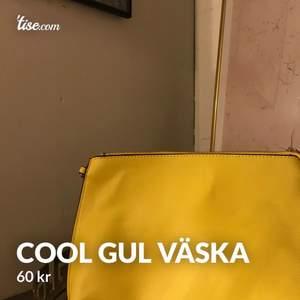 Fin och somrig väska ifrån hm, 60kr🥰