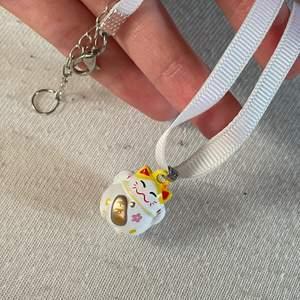 söt halsband med en katt-bjällra 😽🔔