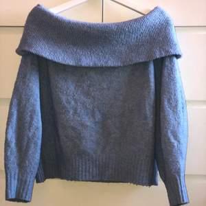 Jättefin stickad tröja som tyvärr inte kommer till användning längre. Använd ett fåtal gånger. ❗️frakt tillkommer❗️