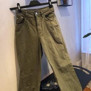 Jeans från Bershka. Storlek 34