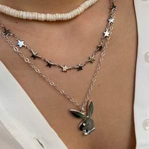 playboy bunny halsband till salu i silver från mitt företag, 125kr köparen står för frakt🤍