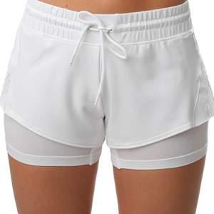 Tennis, paddel shorts från adidas, StellaMcCartney. Använd få gånger. Storlek M