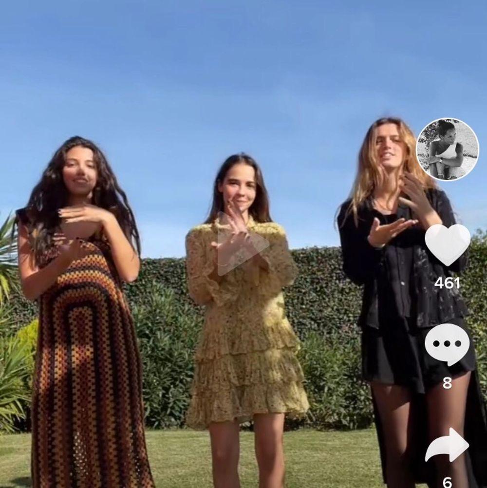 """Söker denna Zadig & Voltaire klänning i modellen """"rebbie""""💐💖. Klänningar."""
