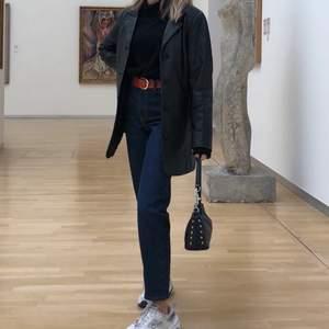 Blå mom jeans från topshop i storlek 24, knappt använda