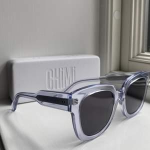 Jätte snygga chimi glasögon i färgen litchi. Modell #08. Knappt använda, jätte bra skick! Nypris: 1100 kr.