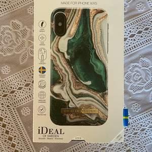 Super fint grönt IdealOfSweden-Skal till modellen XS. Inga skador och knappt använd. Köpt för 300kr. För fler bilder eller för att pruta, hör av dig privat.💚