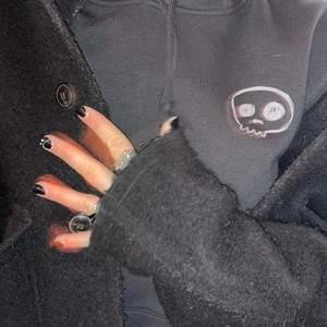 """Hoodie från mitt  """"uf företag""""💜både trycket och hoodien är miljövänligt!"""