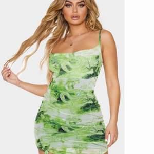 Helt ny klänning från PLT. Storlek: uk: 8, eu:36.
