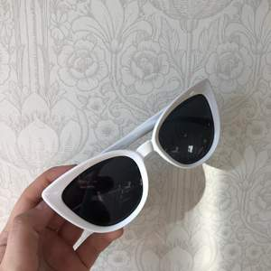 Snygga solglasögon från ginatricot!💕 skriv vid intresse eller frågor !