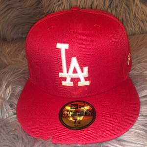 ✅ Amazing LA 59fifty new era cap  ✅ Size: M  ✅ Condition: Brand new, used one time only (9/10) no stains or marks ✅ Please dm me for further questions about this item! Also, this item will be traceable so please fill in phone number when buying.