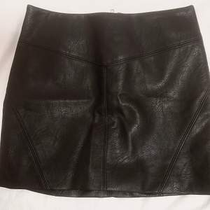 Leather mini skirt from H&M. Original price 249kr. Never worn.