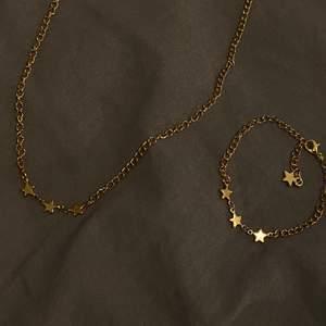 Nu börjar jag sakta men säkert sälja smycken i guld✨ Halsband:90kr Armband:75kr Båda: 140kr Gratis frakt❤️
