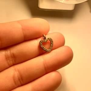 En smycken till din halsband.
