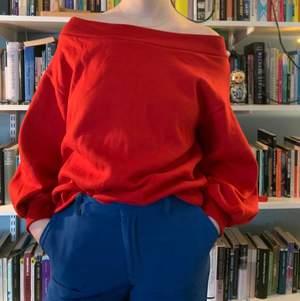 Stor jättemysig tröja som är SJUKT mjuk på insidan😭