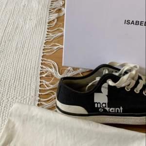 Säljer mina as snygga Isabel marant skor som är skit snygga!🥰