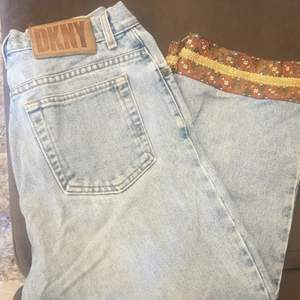 Jeans från DKNY