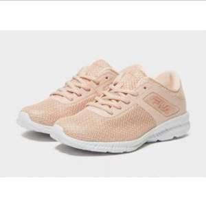 Nya Äkta Fila skor sneakers storlek 40