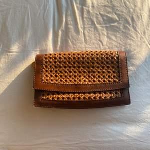 Stella McCartney clutch, made in Italian, perfect condition