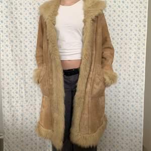 Säljer min beiga kappa i penny lane modell!!
