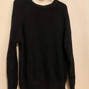 Fin stickad tröja i storlek S/M, aldrig använd, endast testad. Säljes för 80:- plus frakt, kan mötas upp i Trelleborg, Malmö, Vellinge och Höllviken eller skicka. Betalning via Swish ❤️