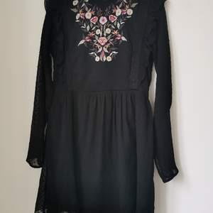 Dress zara. Pick up at aspudden