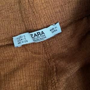 trousers byxor, storlek S