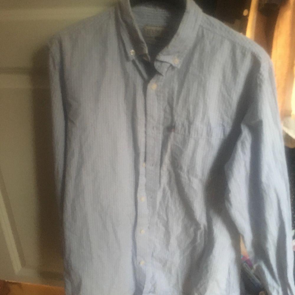 Skjorta stl 38. Blusar.