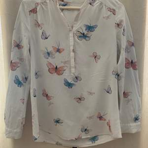 Good quality 100% silk shirts, 280 sek for one, 700 sek for all