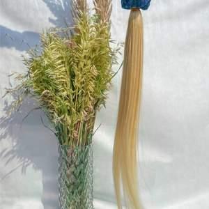 Blont löshår från www.imsweetvanilla.se  65cm ! Man kan färga till vilken färg man vill. Helt nytt